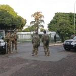 Polícia Federal cumpre mandado de busca e apreensão na casa de Cunha, Edson lobão e dois ministros do PMDB