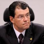 Eduardo Braga não diz se é a favor da indicação, mas destaca currículo de Moraes