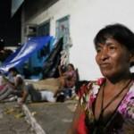 'Consultório na Rua' atende indígenas venezuelanos no Terminal Rodoviário