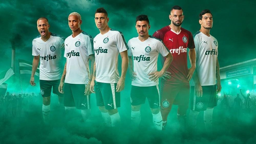 Palmeiras e Puma iniciam parceria em virada do ano  estreia da camisa será  em 3 de janeiro - Blog do Ronaldo Tiradentes 62bf70f5b8ec1