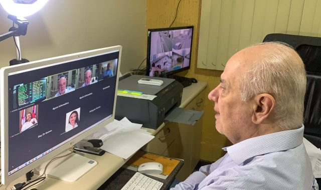 04 Dep. Serafim Correa a Medida equilibrada e racionala diz Serafim sobre decisaI o da JusticI a que manda MS enviar vacinas para professores em Manaus