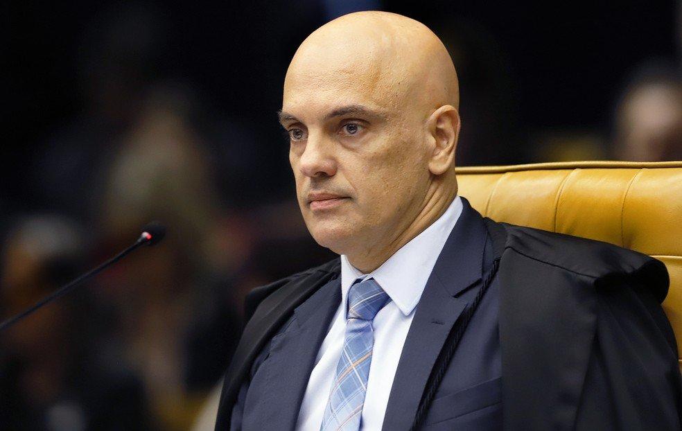 Voto impresso não contribui para fortalecer democracia, diz ministro Alexandre de Moraes em podcast