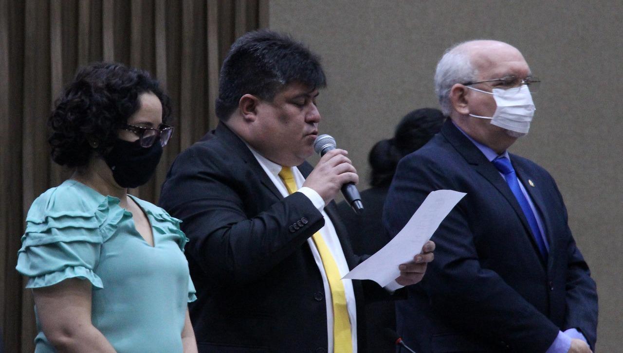 Antecipação da primeira parcela do 13º da CMM injeta mais de R$ 2,5 milhões na economia local, nesta segunda-feira