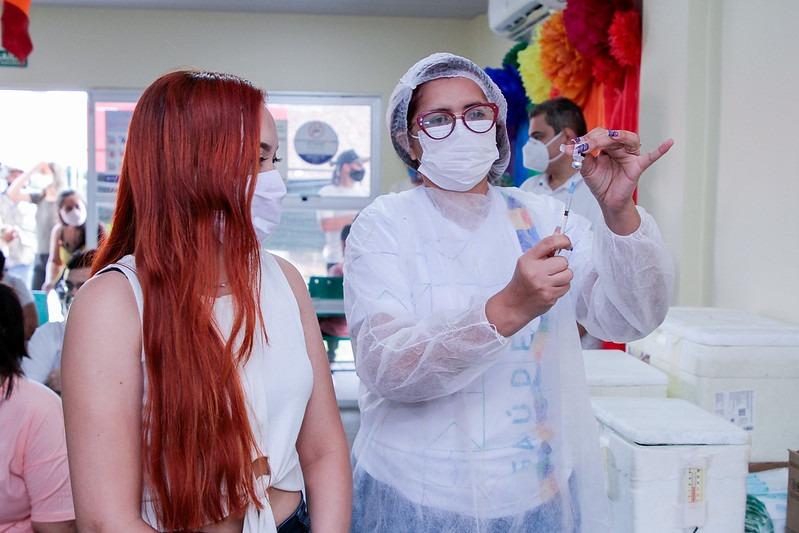 Manaus intensifica vacinação contra a Covid-19 e tem 15 pontos de atendimento nesta quarta-feira
