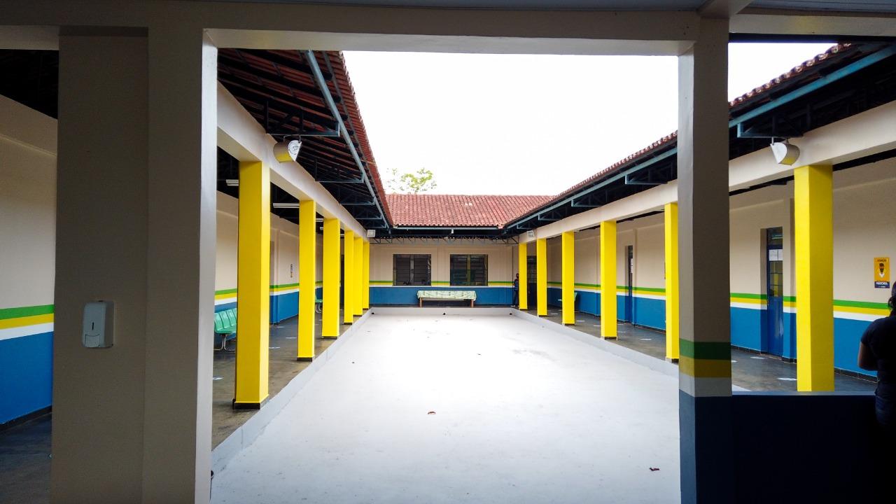 Após revitalização, escola atingida pela cheia no Careiro da Várzea retoma aulas 100% presenciais